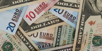 Что лучше купить в 2018 году: доллары или евро