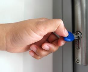 10 способов обеспечить безопасность частного дома